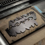 vieille insulte - vieille insulte - orchidoclaste - casse couilles - matrice impression - letterpress lyon - Super Marché noir- Super Marché noir