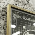 Cadre chêne massif - Mire TV Express - affiche letterpress - papier coton - vélin - papier barbé - trame stochastique bitmap - Super Marché noir