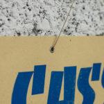 casse-croûte à toute heure - cochonailles - bouchons de lyon - vieille pancarte - super marché noir - letterpress lyon